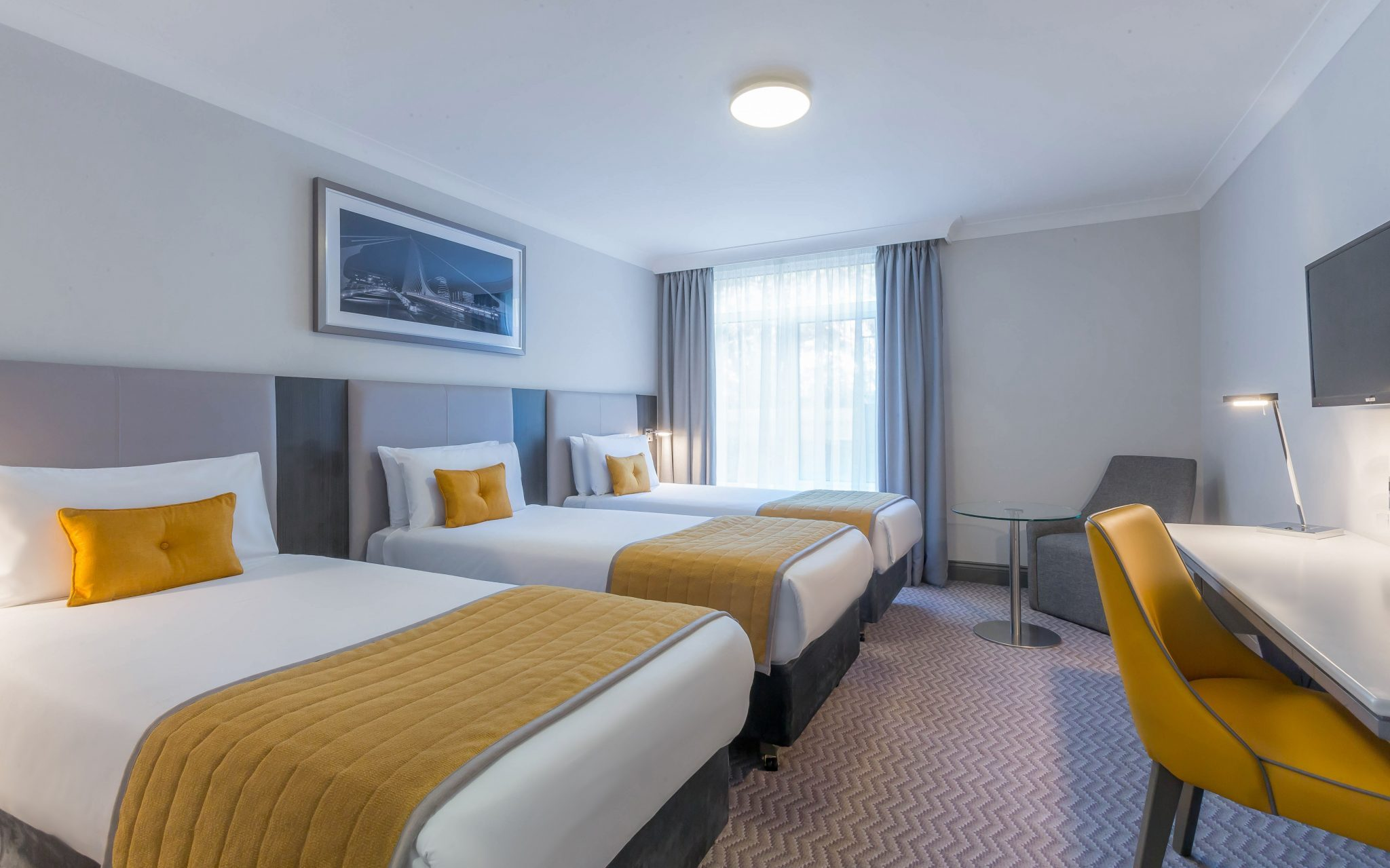 Maldron_Hotel_Dublin_Airport_Triple_Room