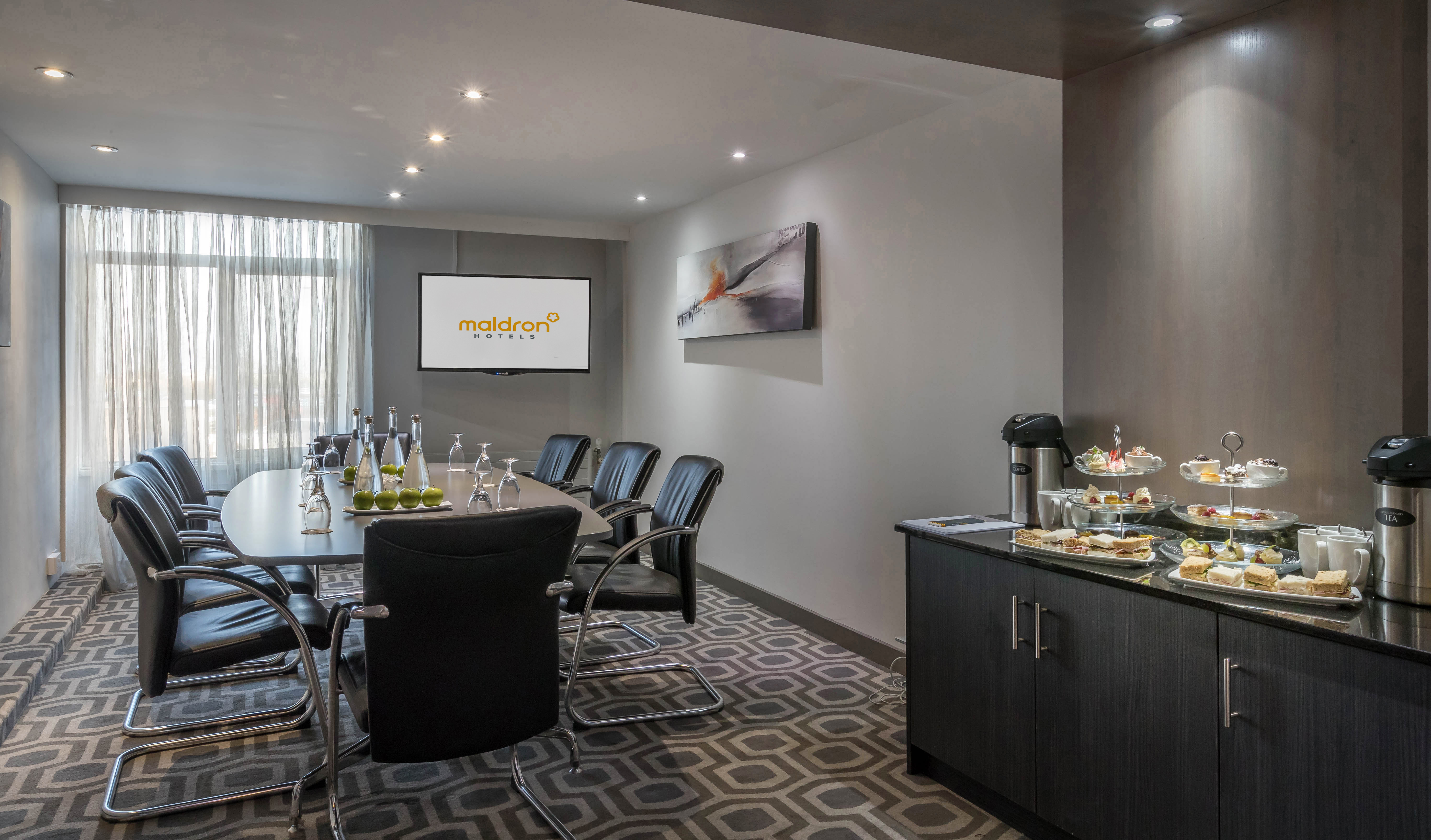 The_Alpha_Boardroom_at_Maldron_Hotel_Dublin_Airport