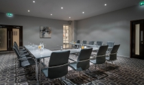 u-shape_meeting_in_Maldron_Hotel_Dublin_Airport_Fitzmaurice_Suite