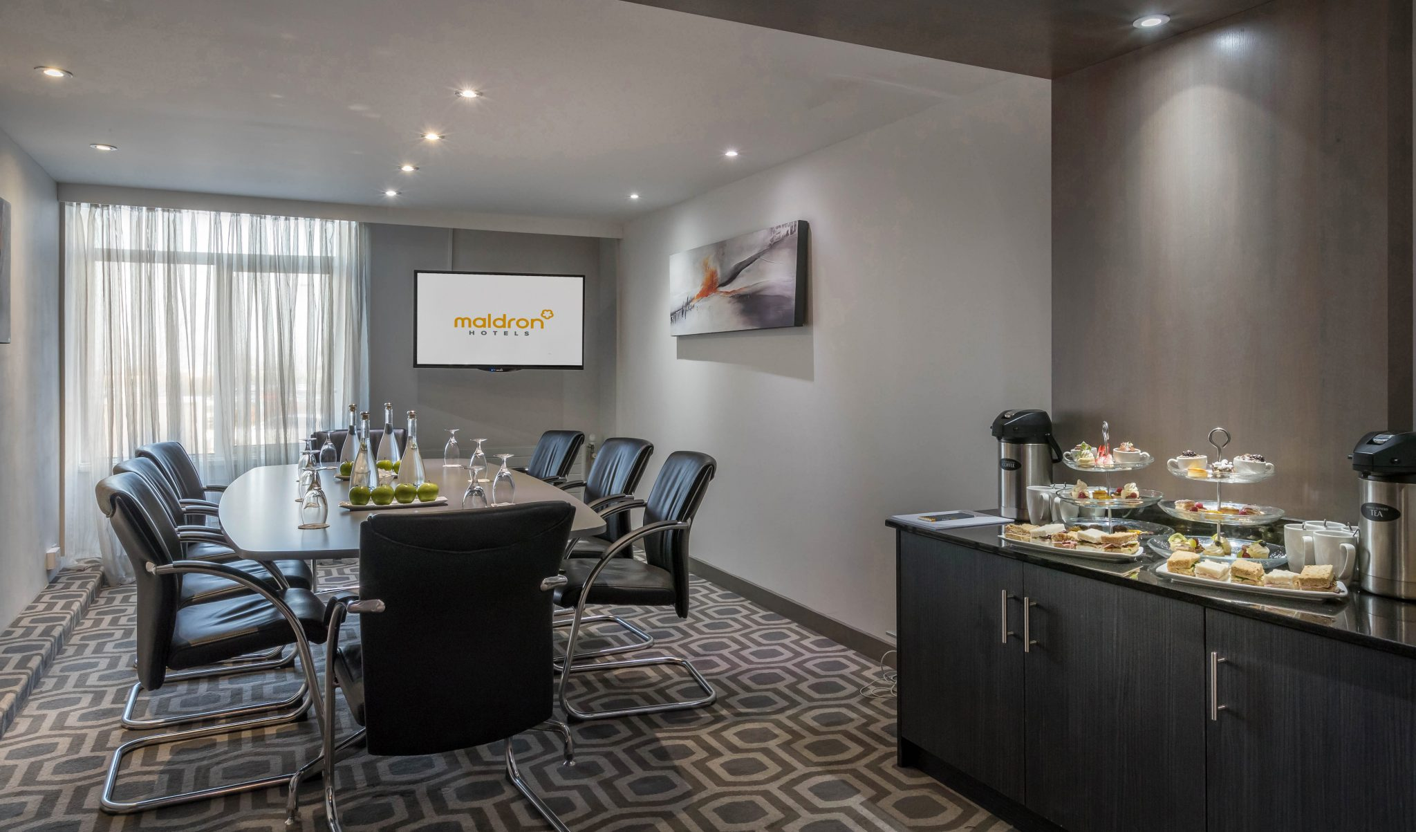 The_Alpha_Boardroom_at_Maldron_Hotel_Dublin_Airport
